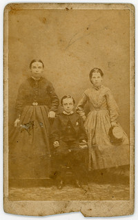 Three Children : Victorian CdV