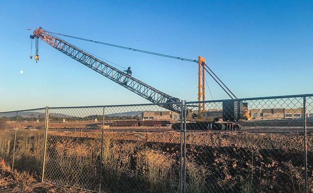 mega crane service