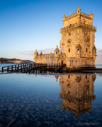 tourdebelém belém tour tower lisboa lisbon lisbonne tage santamariadebelém reflexion portugal torredebelém torre belémtower sunrise fortification jerónimos monastery monastère unesco bastion tagus river canoneos5dmarkiii