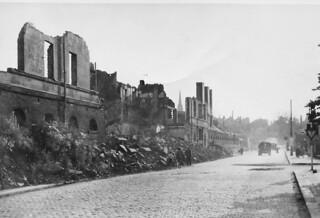 1945-Berlin-077-Destruction of War