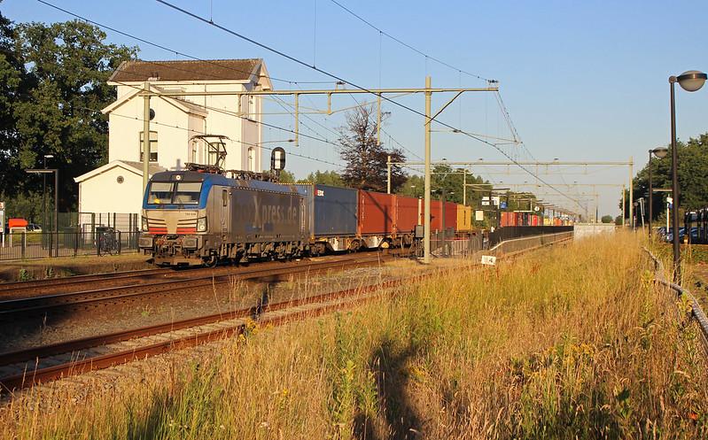 -Horst-Sevenum- BoxXpress 193 836+München-Shuttle
