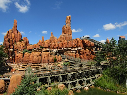 Big Thunder Mountain rollercoaster in Disneyland Paris