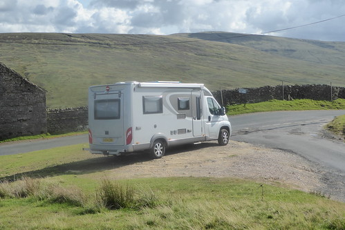 Parked up for walk to Ravenseat | by martinrstone