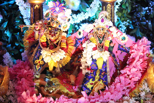 ISKCON Juhu Jhulan Yatara Darshan on 13th Aug 2019