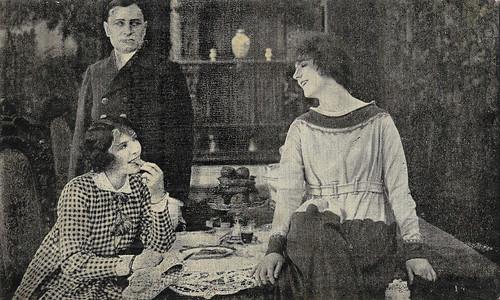 Suzanne Grandais in Midinettes (1917)