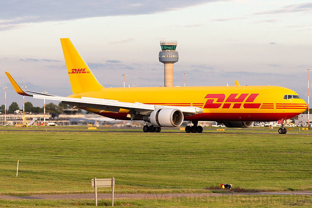 G-DHLG DHL Air UK B767-300 East Midlands Airport