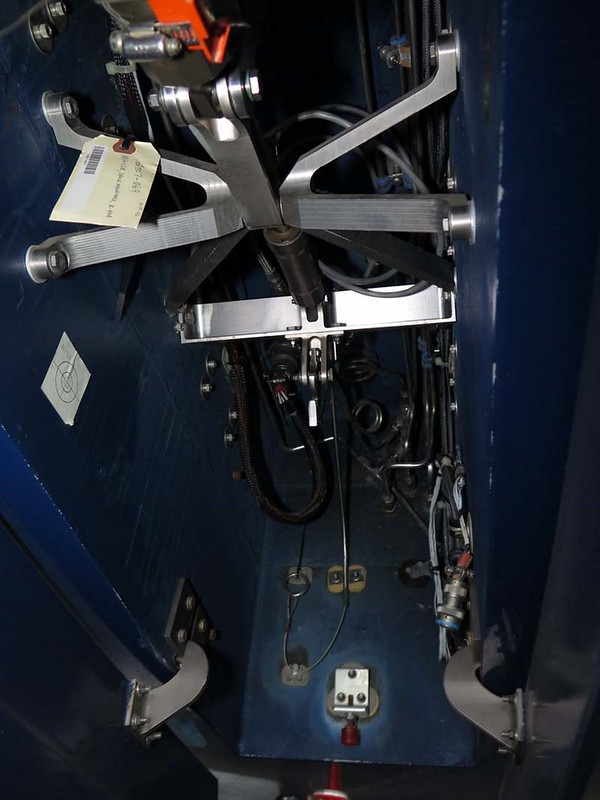 Boeing X-40A 00009