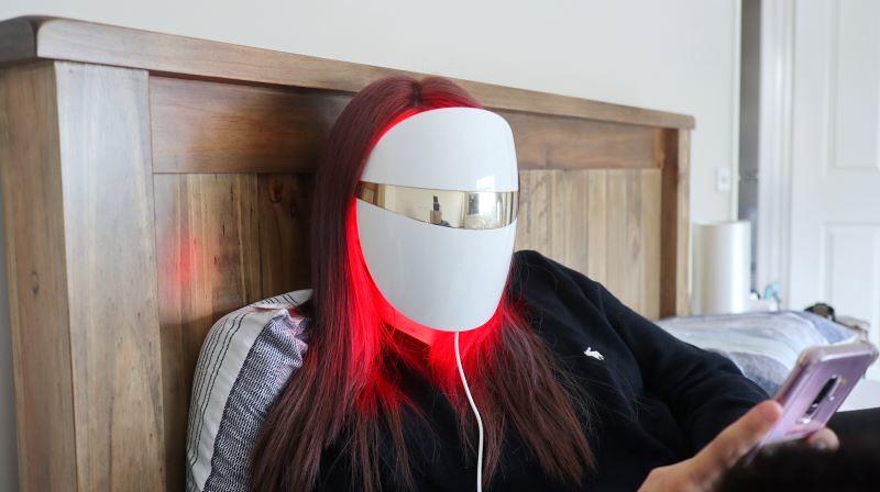 LG Derma LED Mask 6