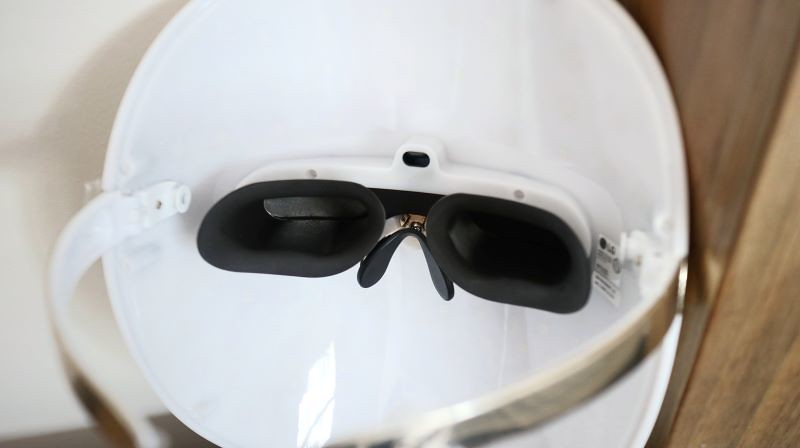 LG Derma LED Mask 3