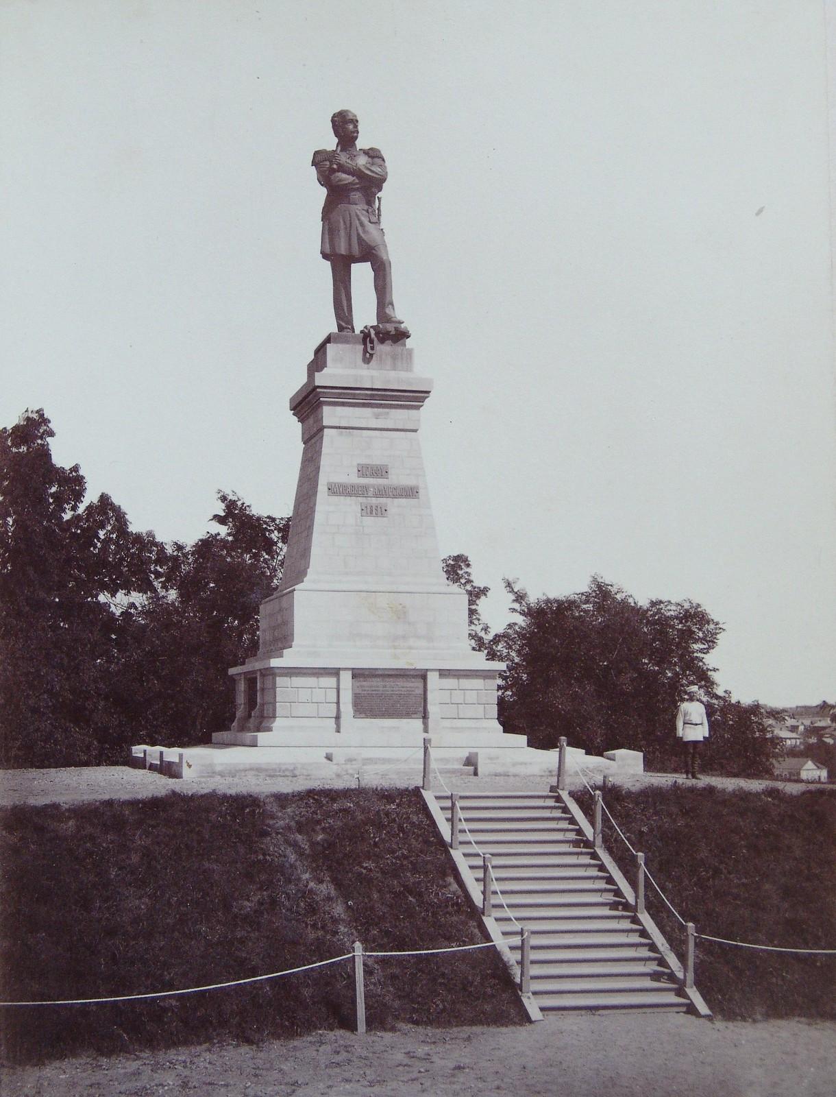 15. 1891. Хабаровка. Памятник Муравьеву-Амурскому