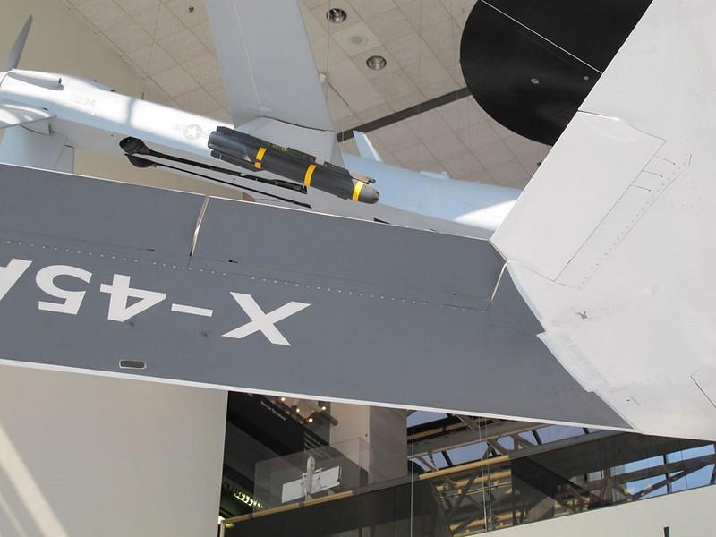 Boeing X-45A 00043