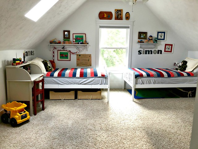 our boy's shared patriotic bedroom