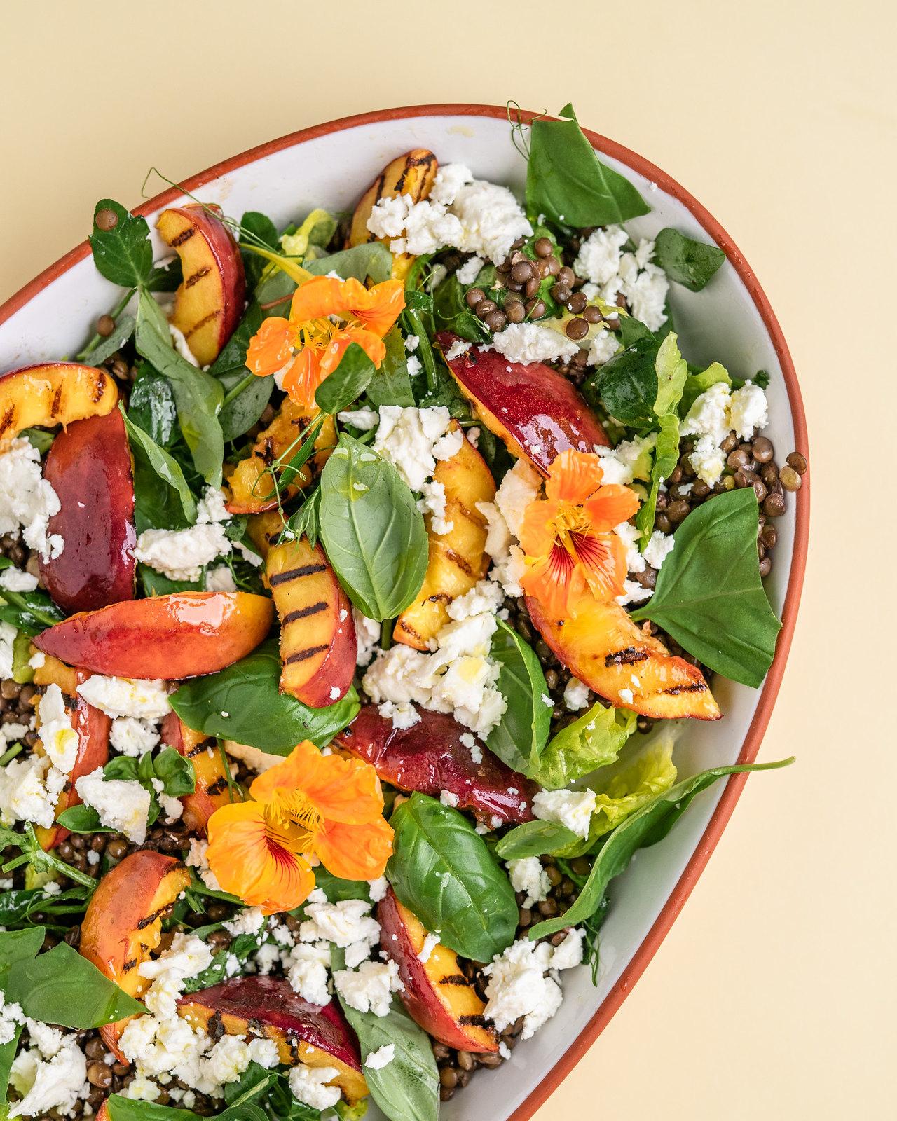nektarin-salat-feta