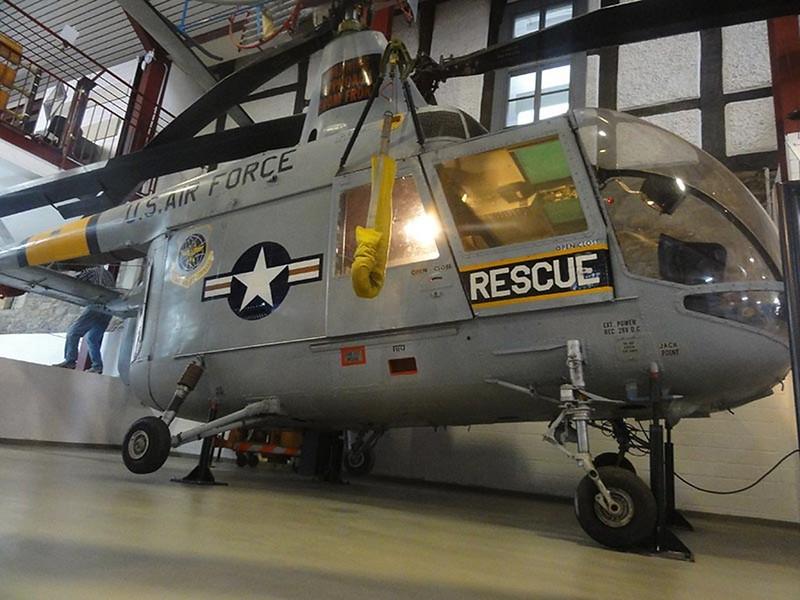 Kaman HH-43F Huskie 00001