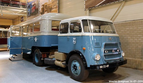 DAF A1600 (1967) + trailer bus (1946)