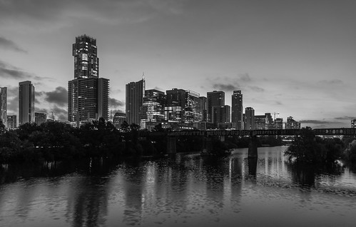dawn early morning austin austintexas architecture city cityscape river ladybirdlake atx metro skyline sunrise monochrome bw