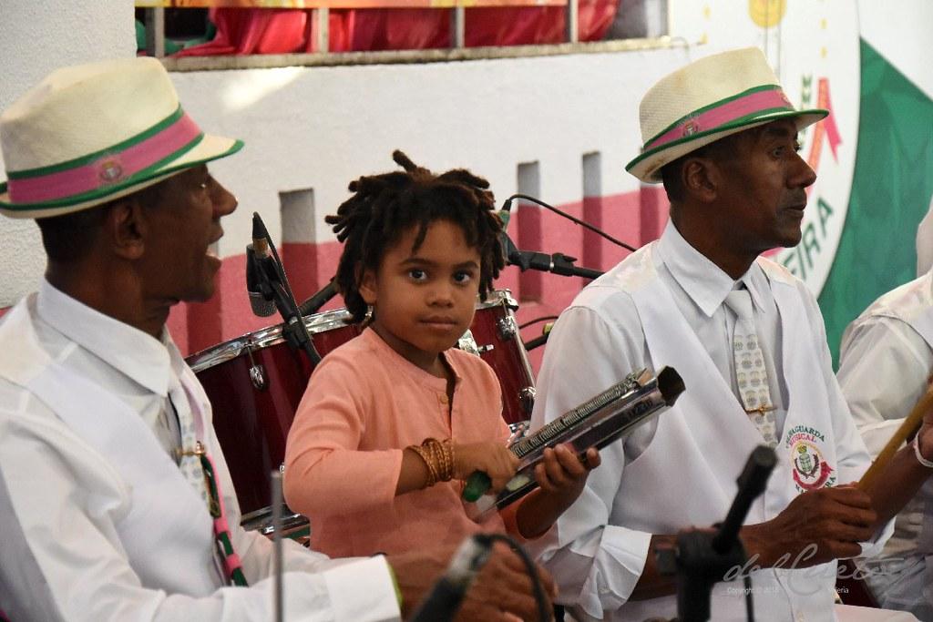 Mang Fei 190810 052 Homenagem Nelson Sargento palco menino da mangueira ritmista