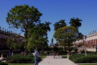 courtyard of John & Mable Ringling museum