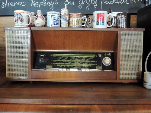 magdė kavinėmagdė restaurant cafe verėduva lithuania radio multiband shortwave ural урал sarapoul sarapul sarapoulorjonikidzeradioworks vintage collectible soviet