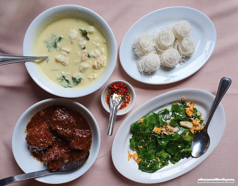 raya thai phuket food