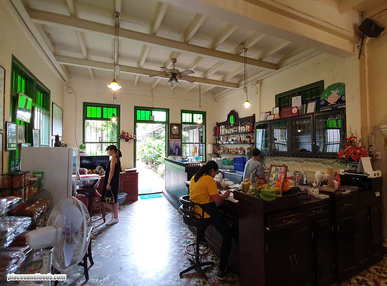 raya thai phuket interior