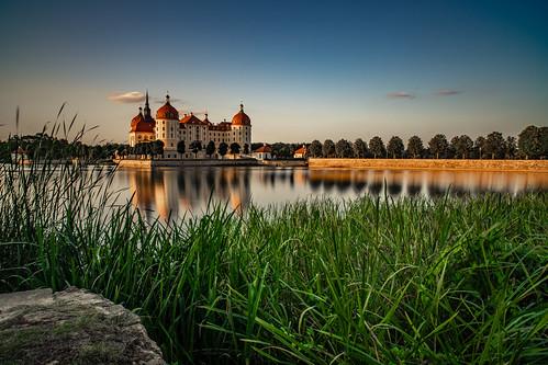germany saxon moritzburg reflection lake sky light sunlight sachsen see himmel night nacht deutschland reflektion licht