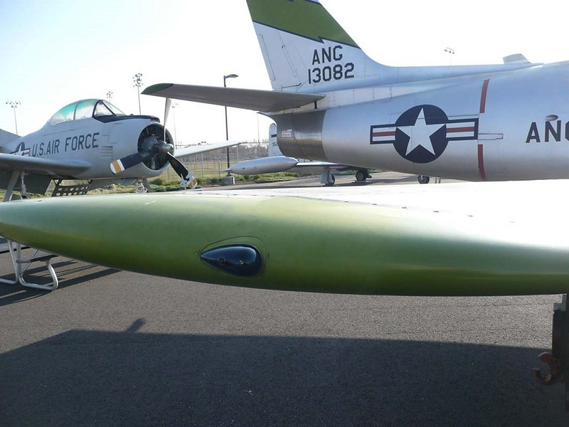 North American F-86 pm-20 Sabre 00095