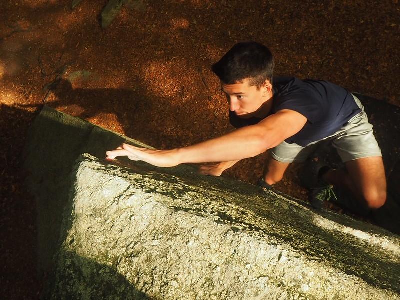 Concentration. Location: Medonnet. Climber: Lucas Tonelli