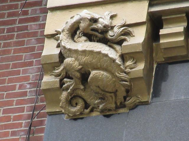 Radiator Building Art Deco Gold Dragon No Wings Gargoyle 7877