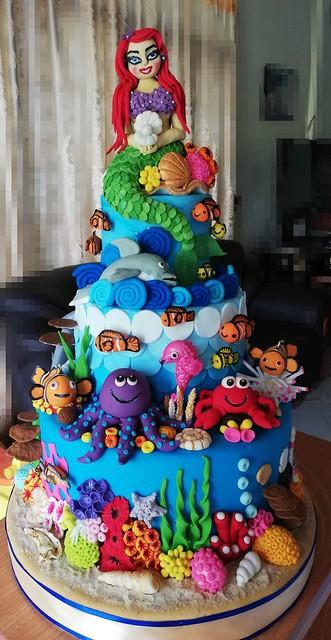 Cake by Ishanka Malshani De Silva of Ishi Cake Art