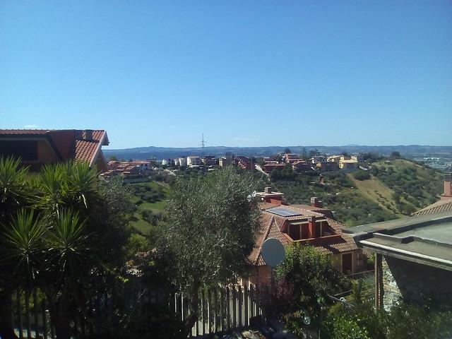 panorama da monterotondo provincia di roma - regione lazio - italia il giorno 15 agosto 2019 ore 15.15