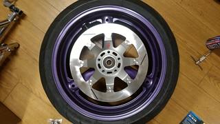 GSX-R1100W front wheel + Sunstar brake disc