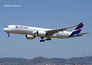 350.941 LATAM AIRLINES A7-AMA 079 EX PR-XTG LEASED TO QATAR AIRWAYS 03 08 19 BCN