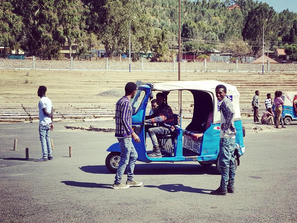 Bajaj, czyli etiopski tuktuk, Gondar