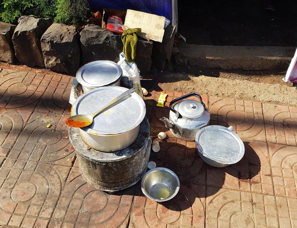 Uliczne jedzenie w Gondar