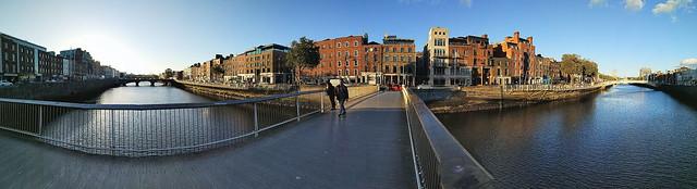 Millennium bridge River Liffey