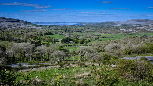 oranmore countygalway ireland irish landscape viewed from corkscrew hill county clare ie éire eire airlann poblacht na héireann irland irlanda irlande paysage pano vista panorama panoramic