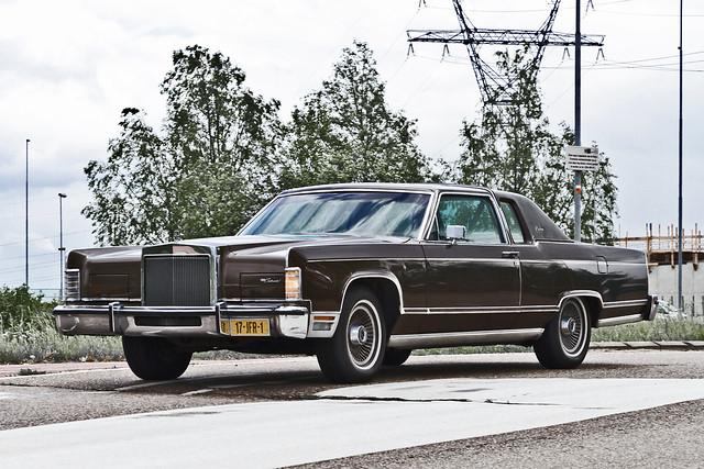 Lincoln Continental Coupé 1978 (1883)