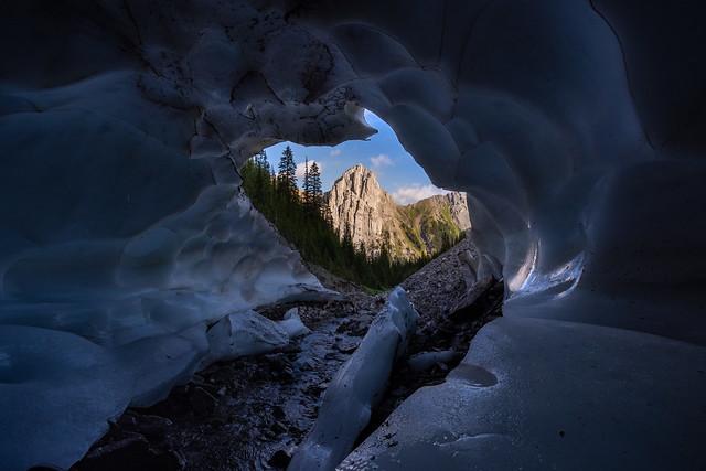 Commonwealth Cavern