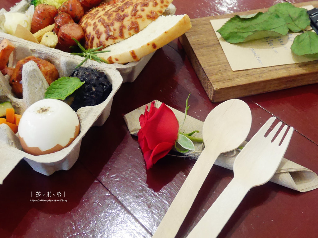 台北北門站附近迪化街草原派對Grassland超好拍復古網美風咖啡廳植物系餐廳雜貨古董老房子 (2)