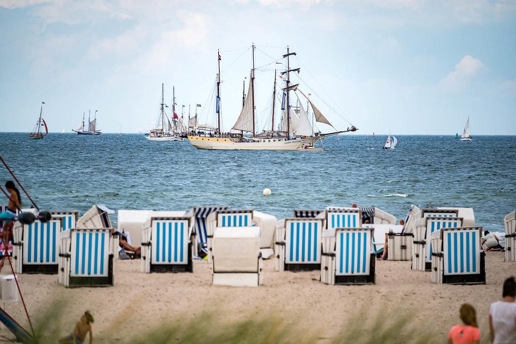Baltic Sea - Warnemünde - Beach 4454 - Hanse Sail