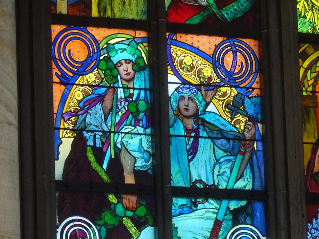 Prague Vitraux De Mucha Détail Cathédrale Saint Guy Bernard Renard Flickr