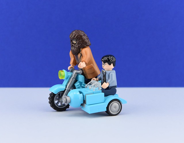 Hagrid's motorbike Moc