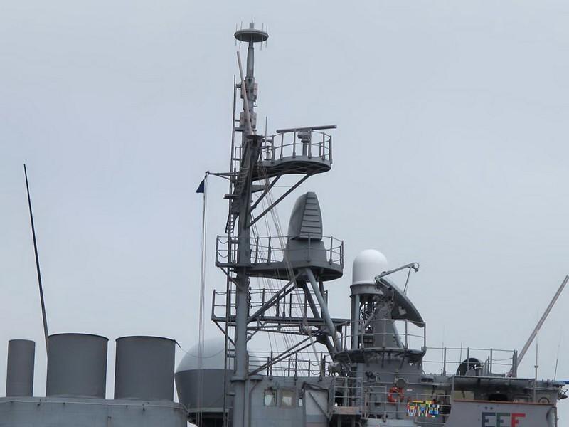 USS Bunker Hill CG-52 7