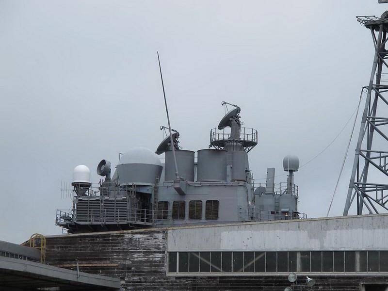 USS Bunker Hill CG-52 4