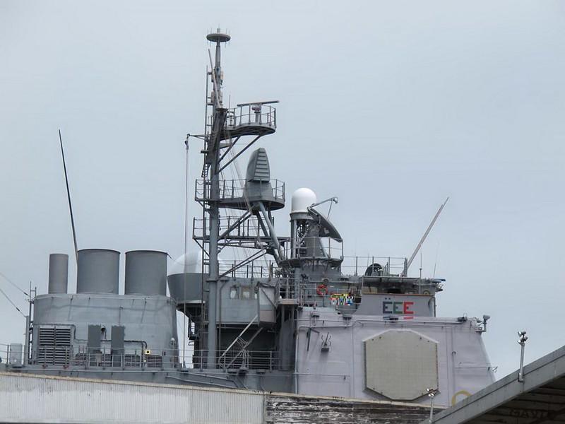 USS Bunker Hill CG-52 1