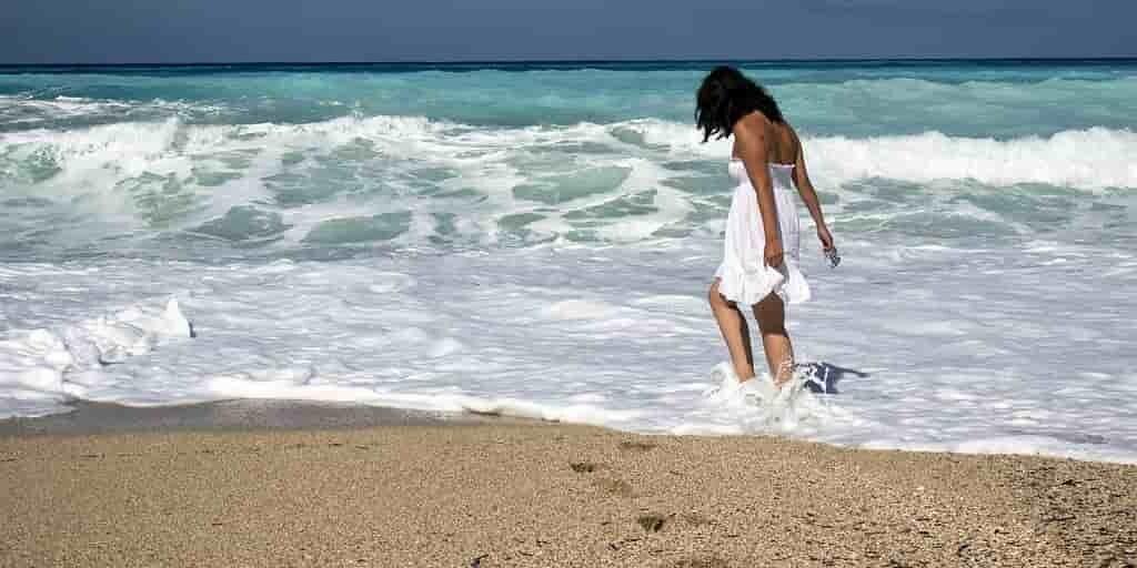 minuscules-aimants-débarrasser-océan-contre-pollution-plastiques