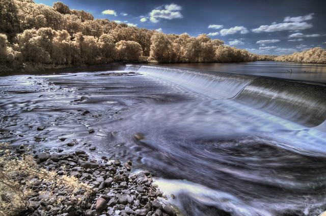 Flat Rock Dam (IR)