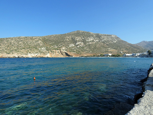 la baie d'Apollonas