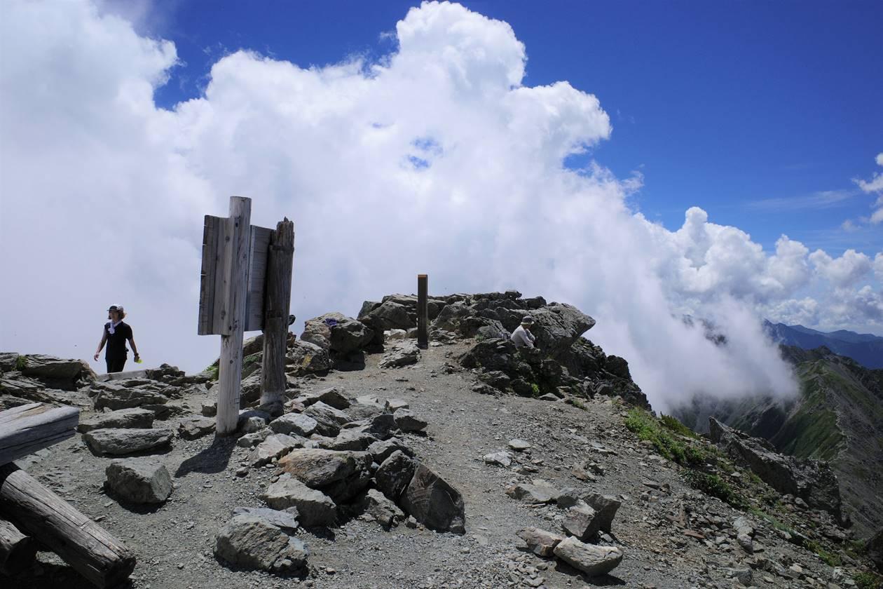 南アルプス北岳山頂